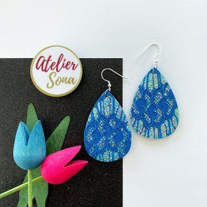 Lacy Tear Drop Earrings - Blue